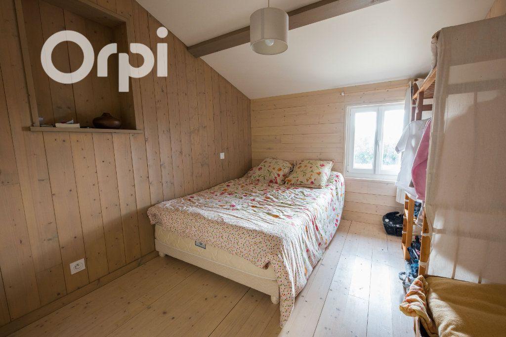 Maison à vendre 4 135m2 à Arvert vignette-8