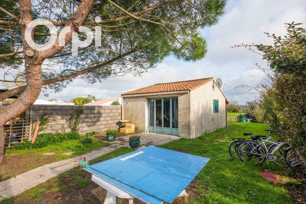 Maison à vendre 4 135m2 à Arvert vignette-10