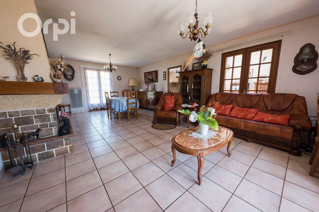 Maison à vendre 4 110m2 à La Tremblade vignette-4