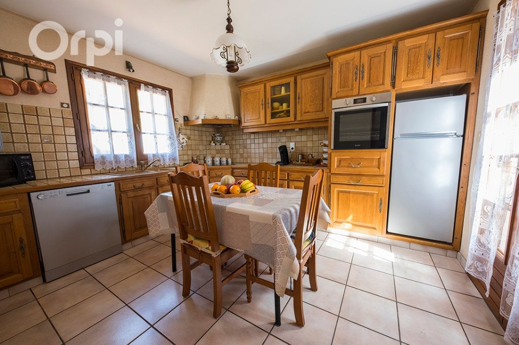 Maison à vendre 4 110m2 à La Tremblade vignette-5