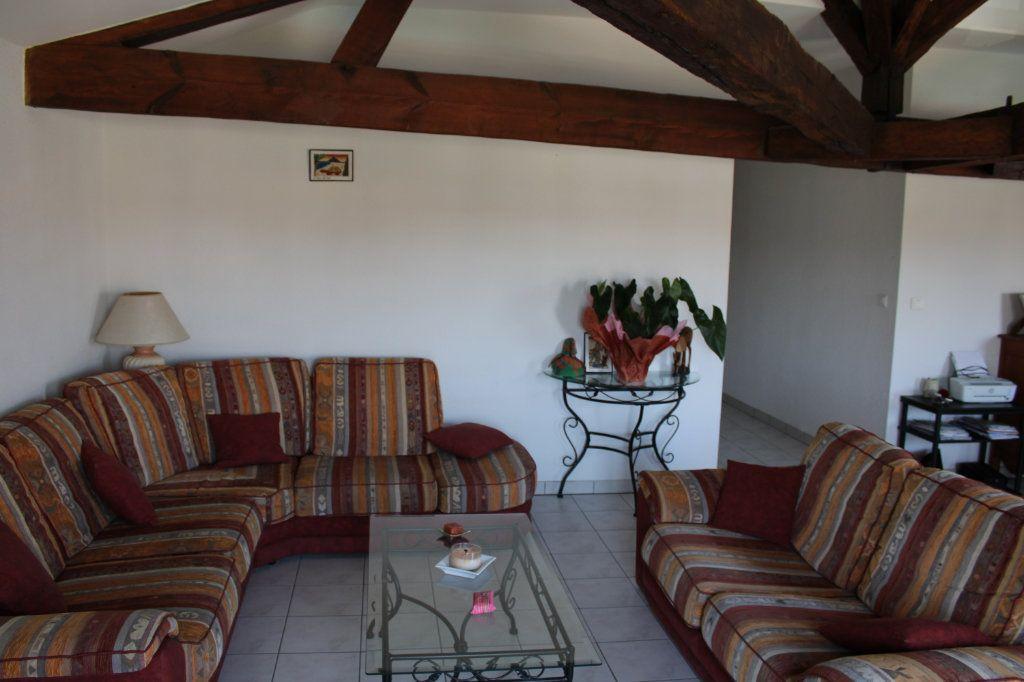 Appartement à vendre 3 116m2 à Marennes vignette-3