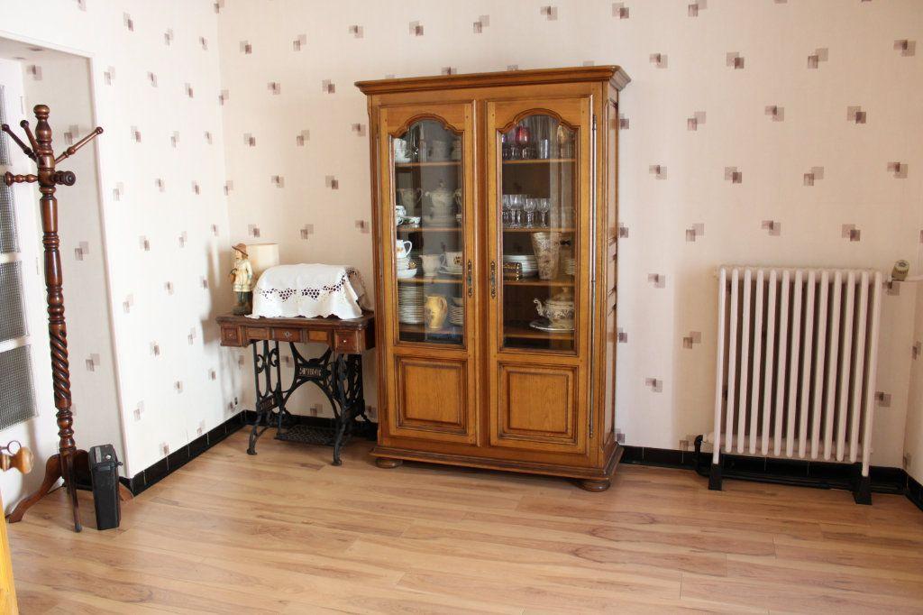 Maison à vendre 5 140m2 à Bourcefranc-le-Chapus vignette-3