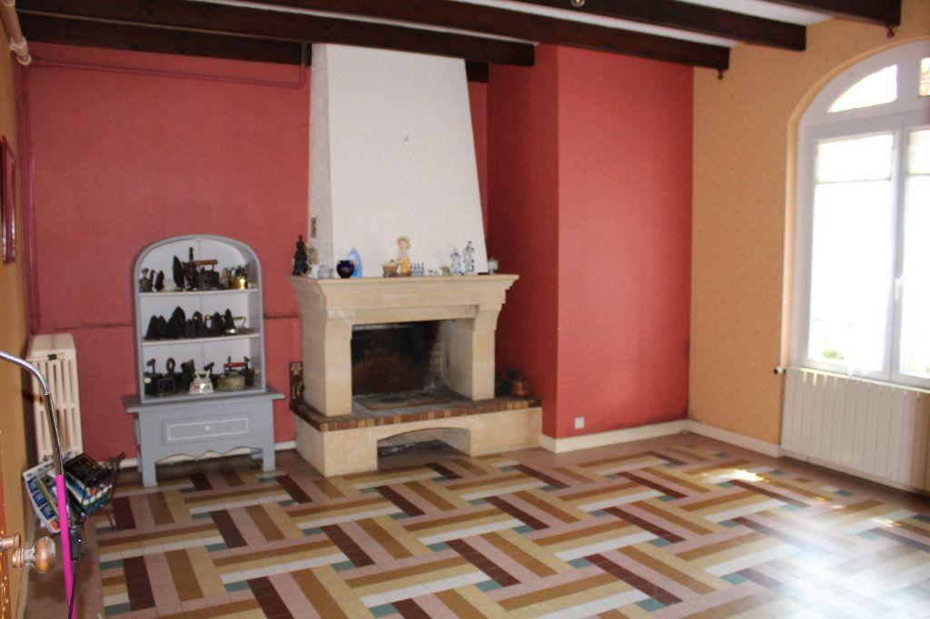 Maison à vendre 5 140m2 à Bourcefranc-le-Chapus vignette-10