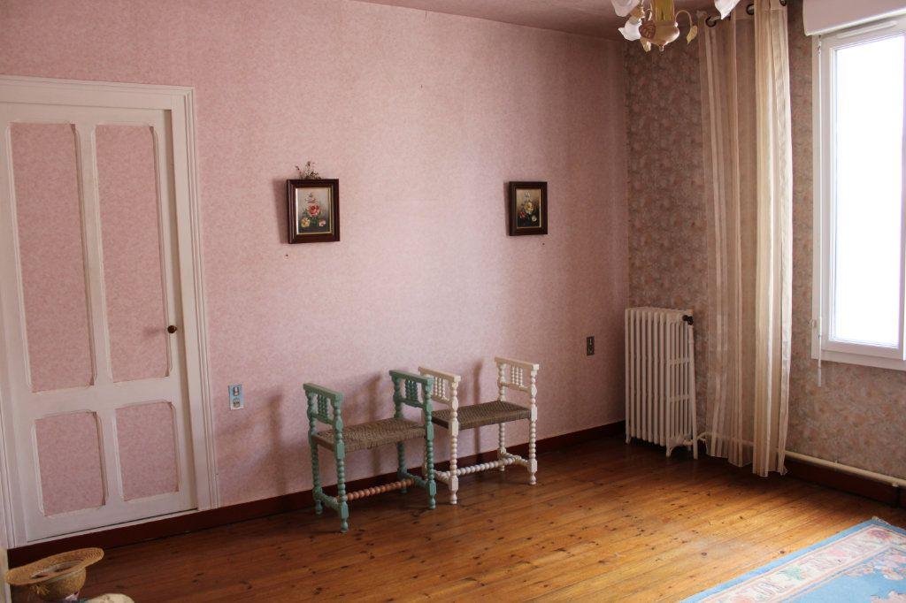 Maison à vendre 5 140m2 à Bourcefranc-le-Chapus vignette-11