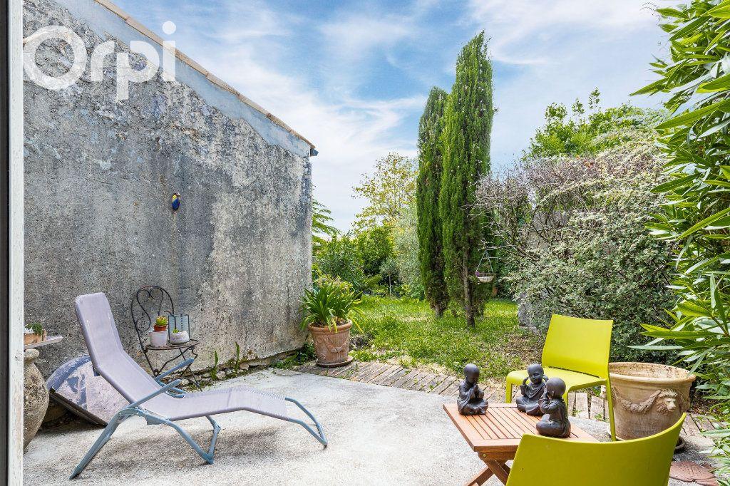 Maison à vendre 4 118m2 à Marennes vignette-1