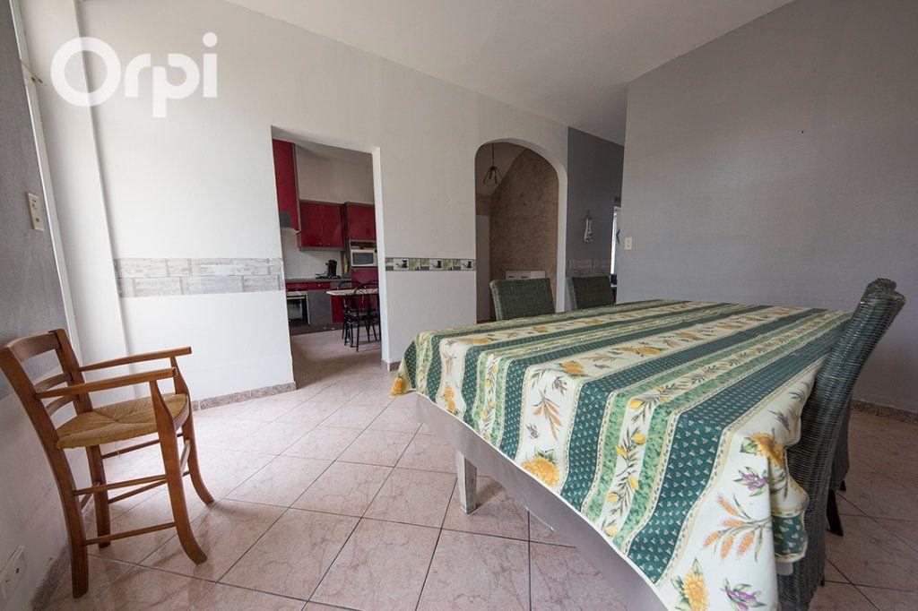 Maison à vendre 5 118.45m2 à La Tremblade vignette-4