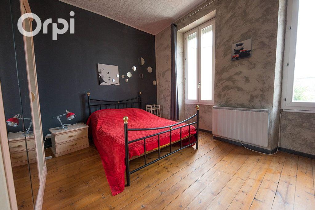 Maison à vendre 5 118.45m2 à La Tremblade vignette-8