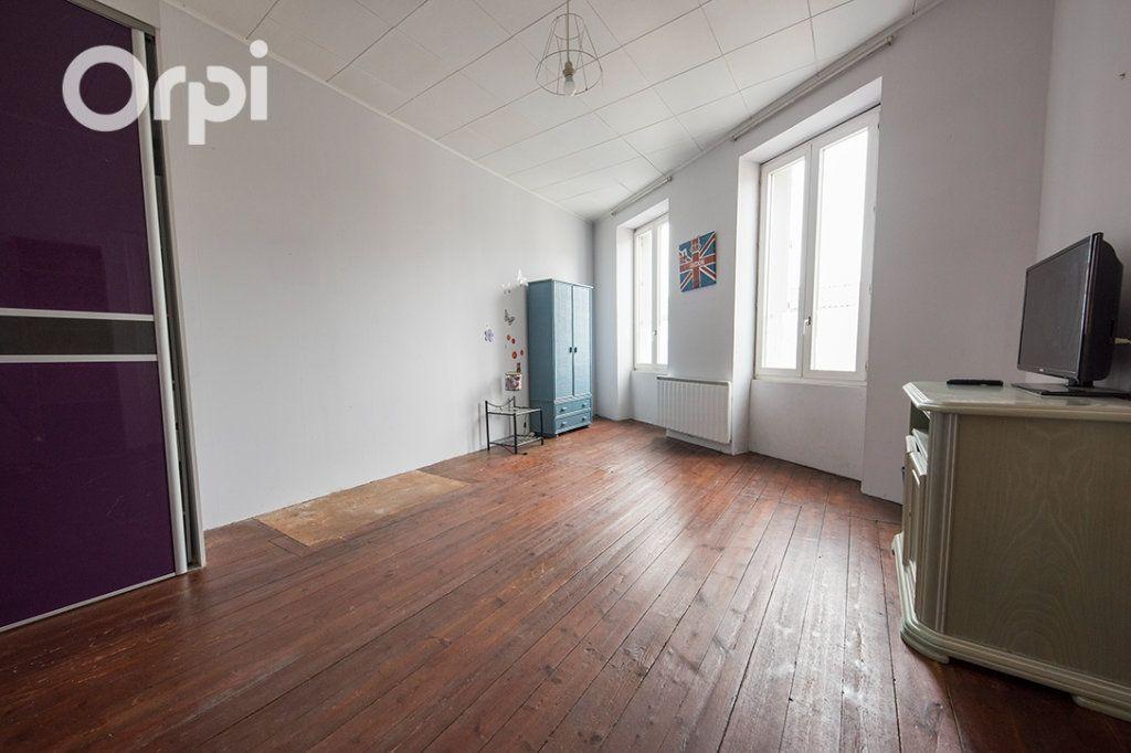Maison à vendre 5 118.45m2 à La Tremblade vignette-9