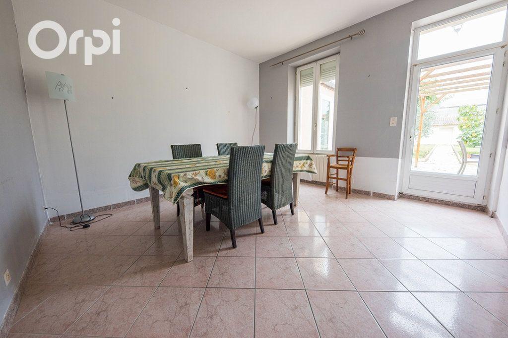 Maison à vendre 5 118.45m2 à La Tremblade vignette-13