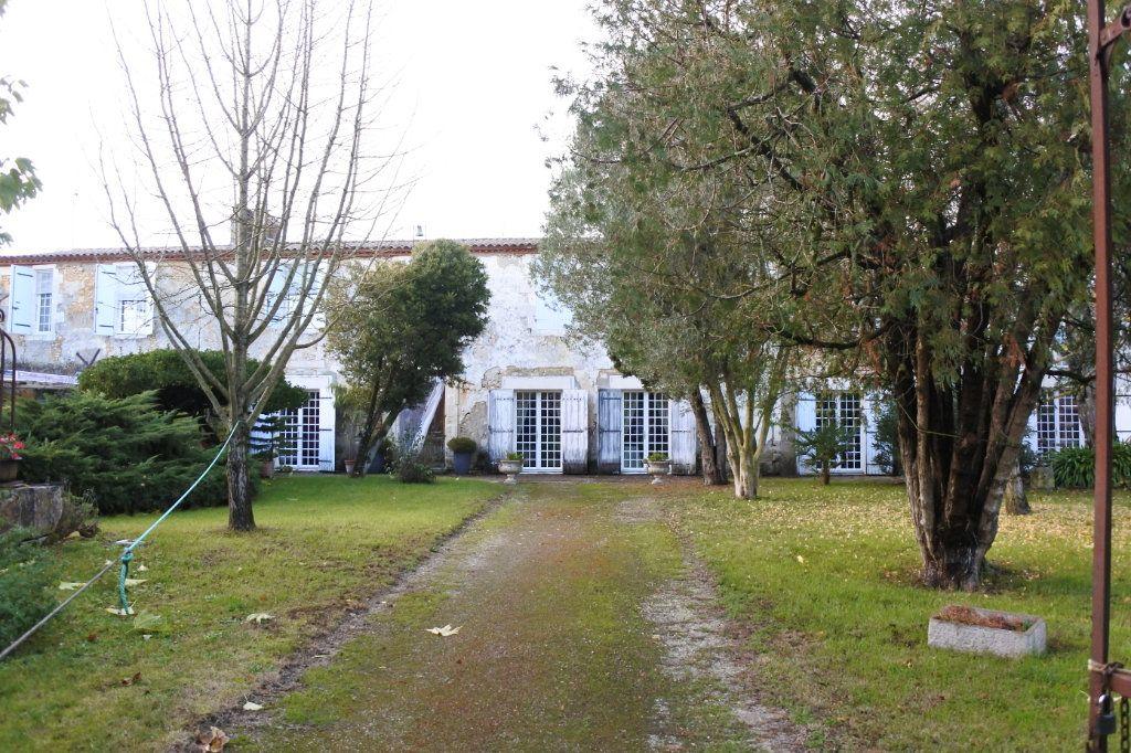 Maison à vendre 6 320m2 à Marennes vignette-1
