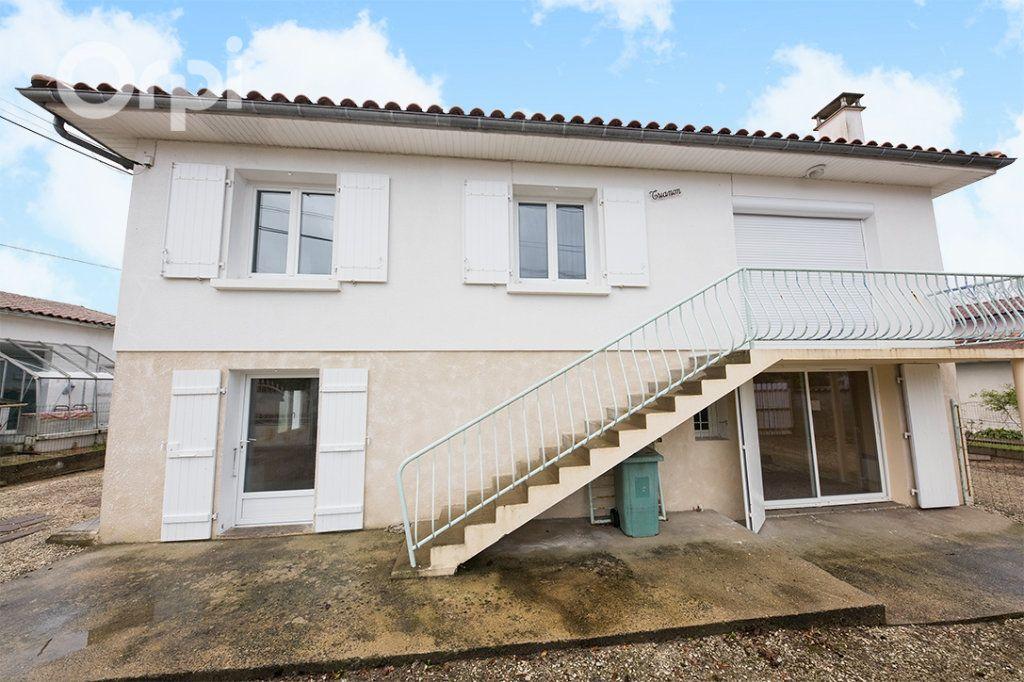 Maison à vendre 5 111.5m2 à La Tremblade vignette-1