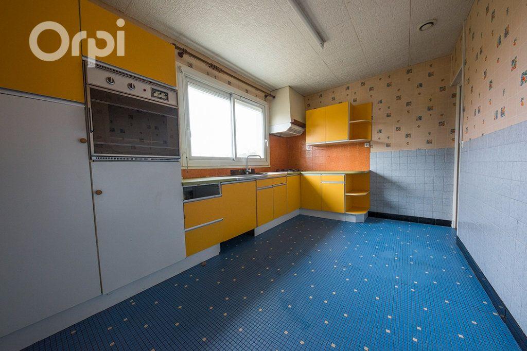 Maison à vendre 5 111.5m2 à La Tremblade vignette-2