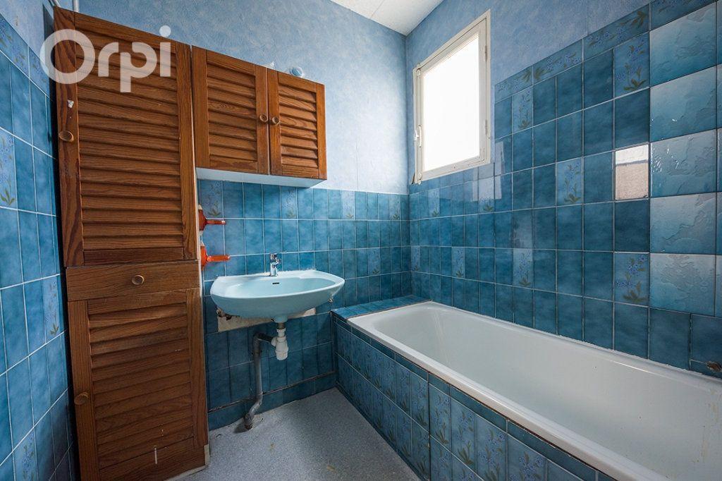 Maison à vendre 5 111.5m2 à La Tremblade vignette-3