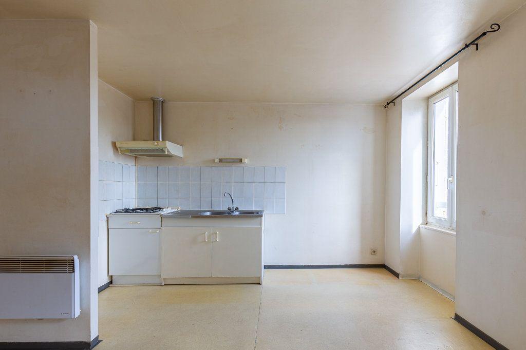Maison à vendre 5 115m2 à Bourcefranc-le-Chapus vignette-8