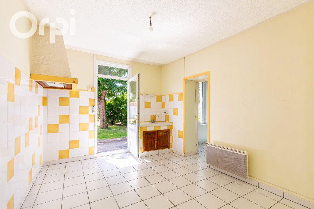 Maison à vendre 3 84m2 à Bourcefranc-le-Chapus vignette-5
