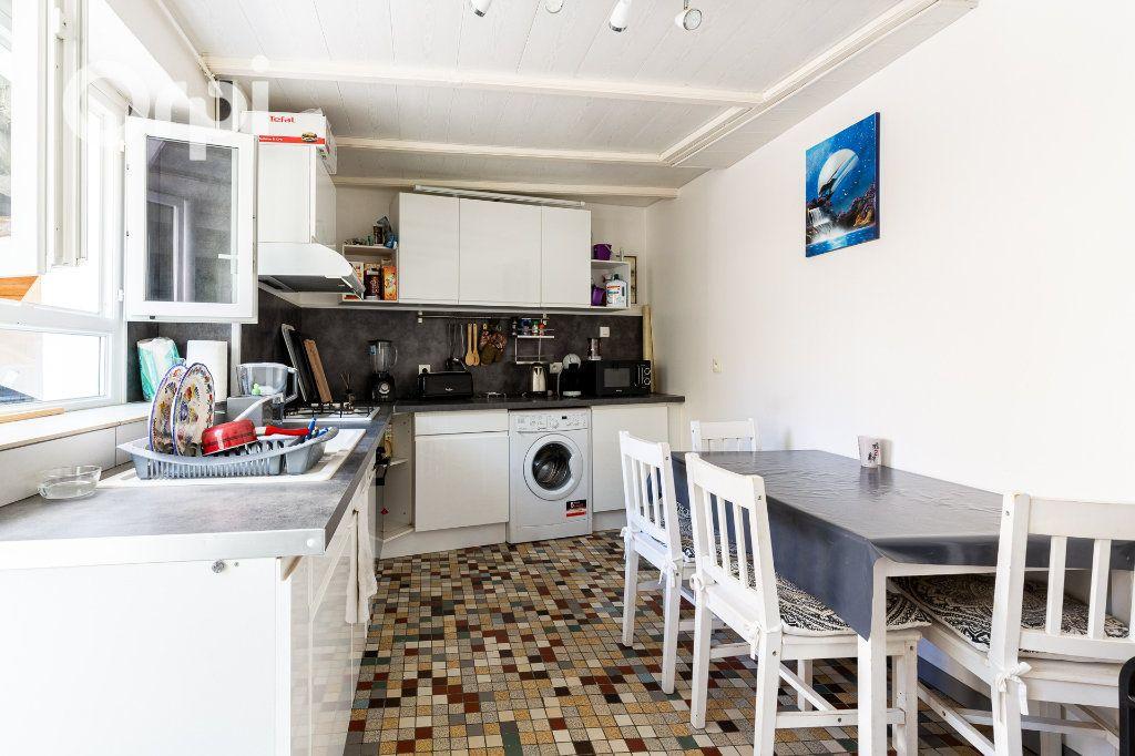 Appartement à vendre 3 51.07m2 à Saujon vignette-2