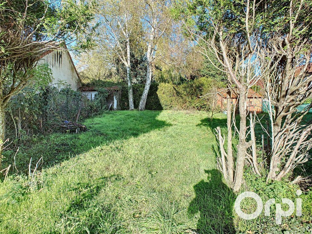 Maison à vendre 5 122m2 à Saint-Éloy-les-Mines vignette-10