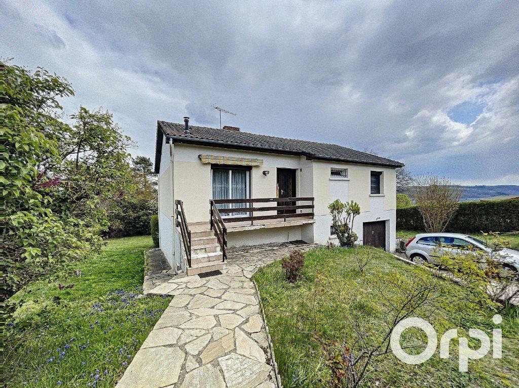 Maison à vendre 5 94m2 à Saint-Éloy-les-Mines vignette-1