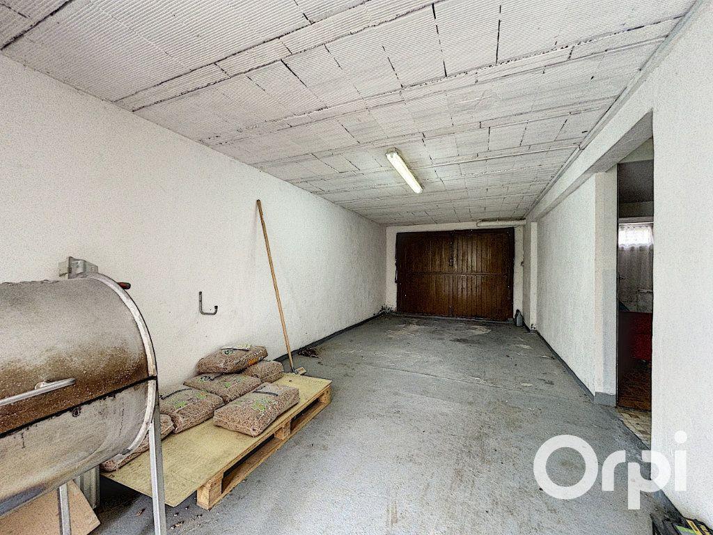 Maison à vendre 5 94m2 à Saint-Éloy-les-Mines vignette-9