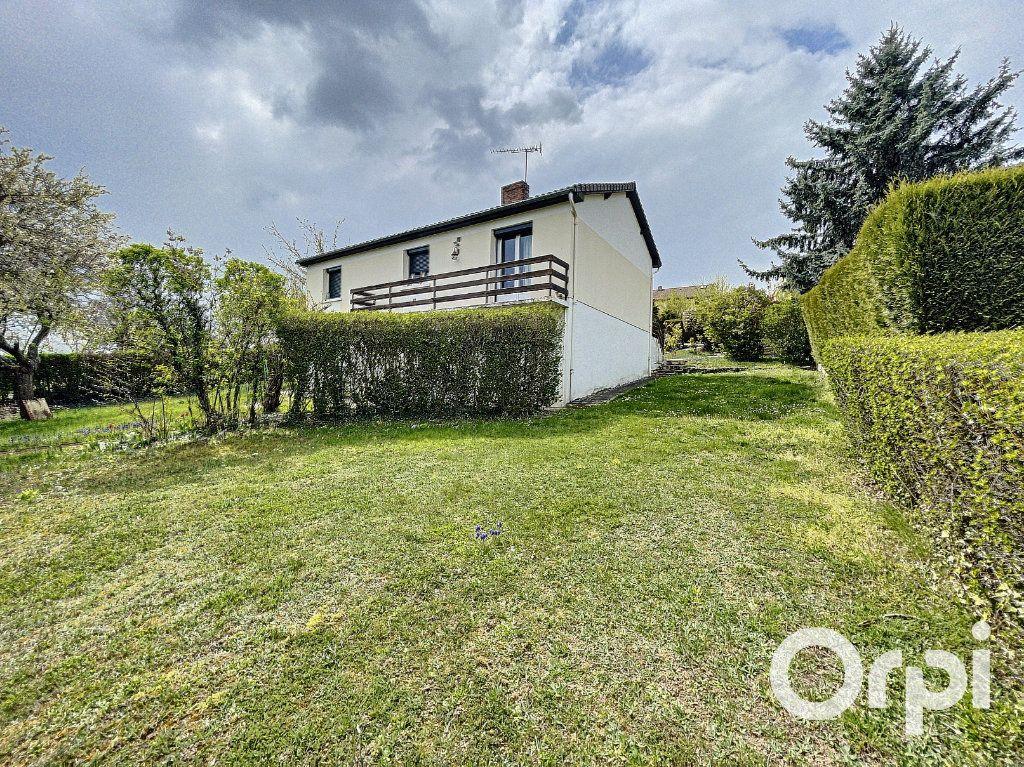 Maison à vendre 5 94m2 à Saint-Éloy-les-Mines vignette-13