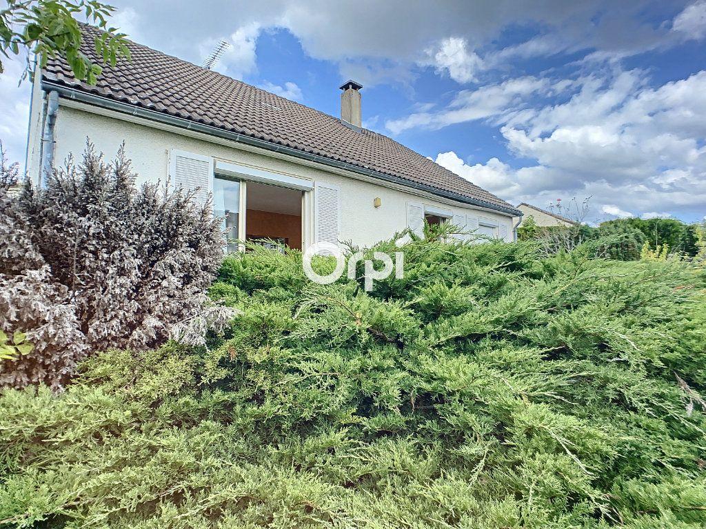 Maison à vendre 5 103.2m2 à Montaigut vignette-1