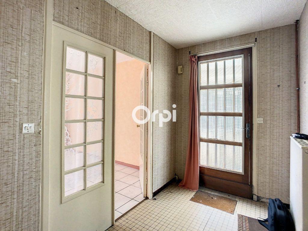 Maison à vendre 5 103.2m2 à Montaigut vignette-2