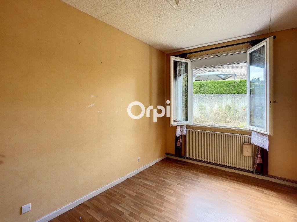Maison à vendre 5 103.2m2 à Montaigut vignette-4