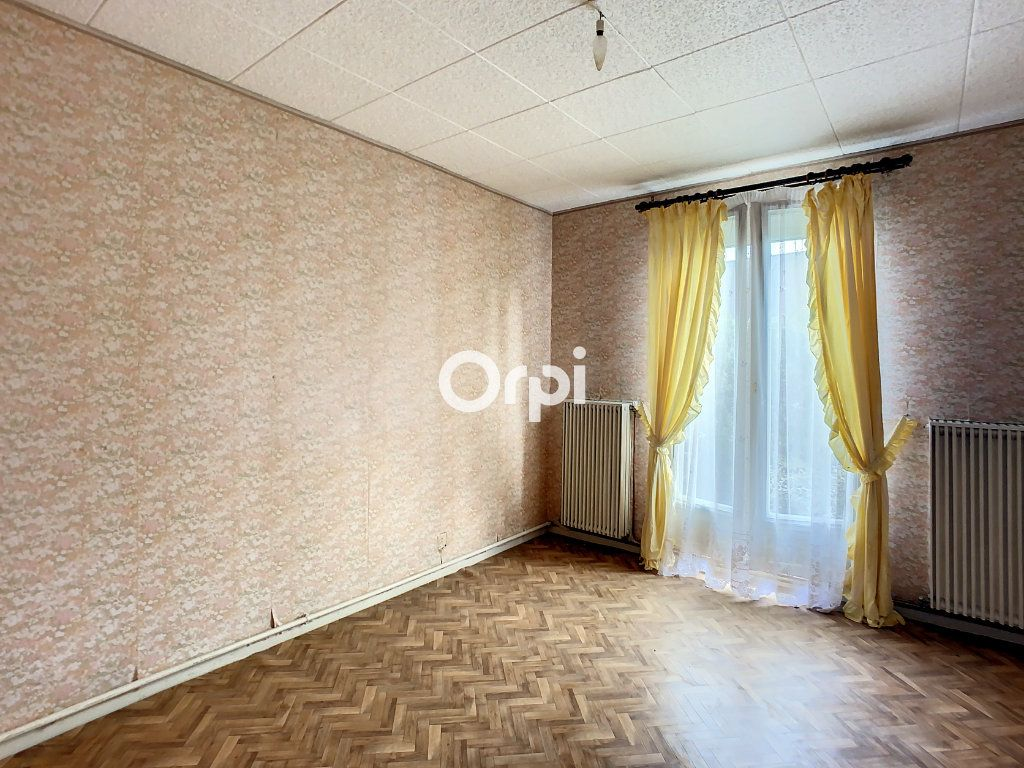 Maison à vendre 5 103.2m2 à Montaigut vignette-6