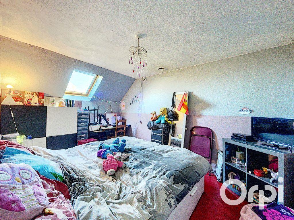 Maison à vendre 4 104.3m2 à Lapeyrouse vignette-7