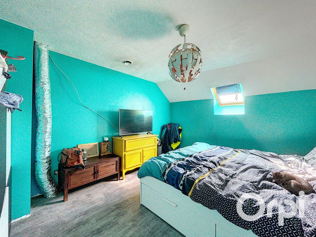 Maison à vendre 4 104.3m2 à Lapeyrouse vignette-8