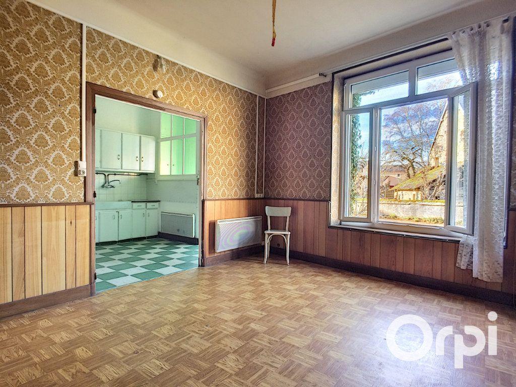Maison à vendre 5 105m2 à Saint-Priest-des-Champs vignette-2