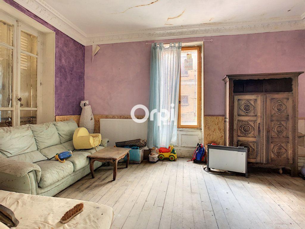 Maison à vendre 5 137m2 à Montaigut vignette-6