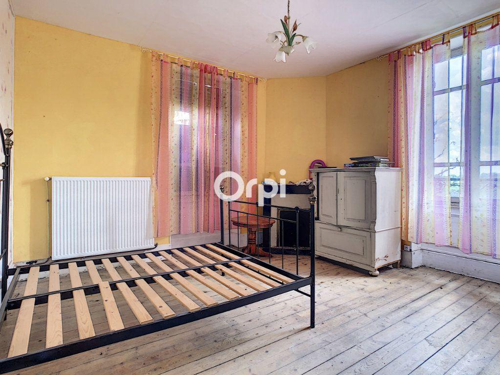 Maison à vendre 5 137m2 à Montaigut vignette-9