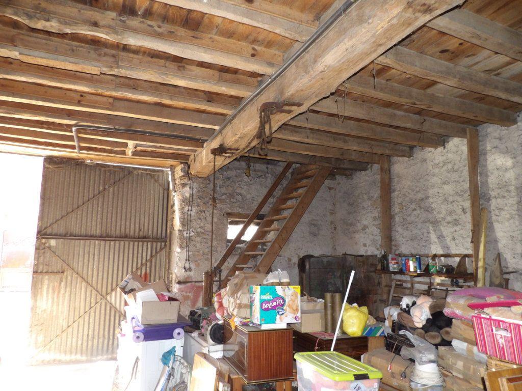 Maison à vendre 5 137m2 à Montaigut vignette-15