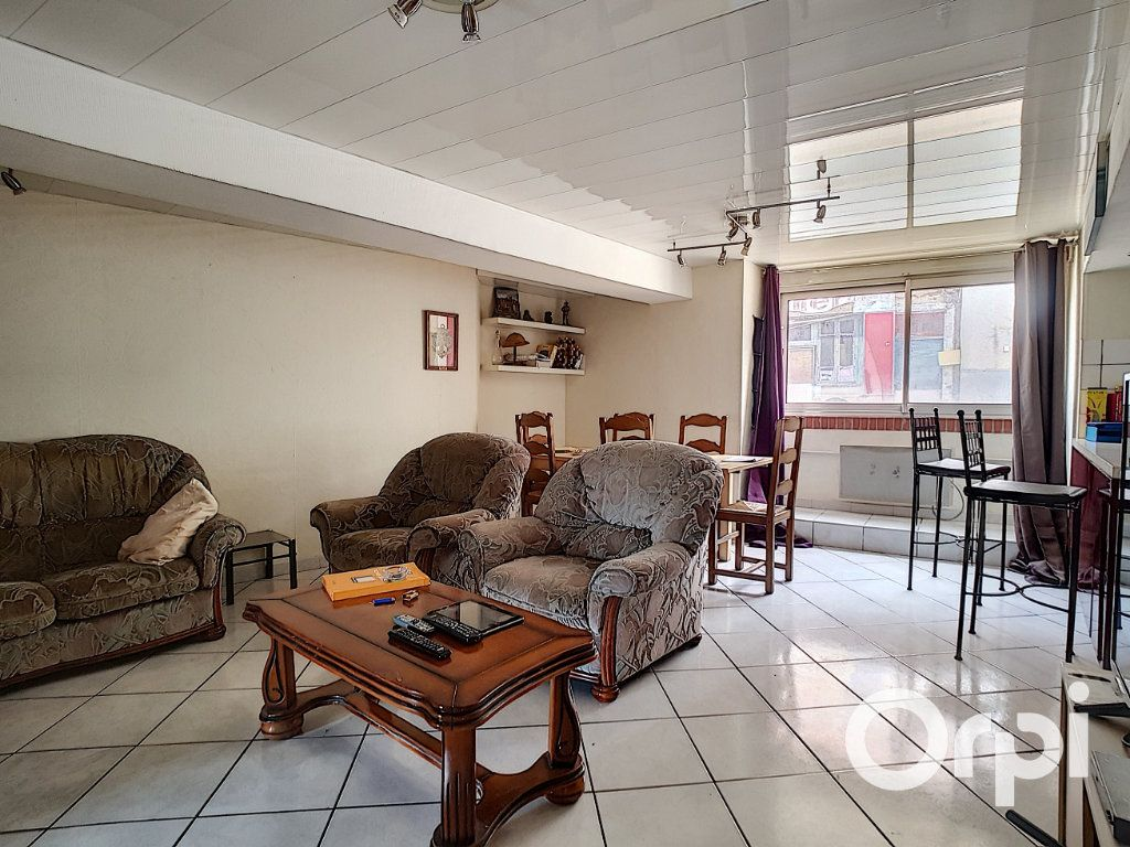 Maison à vendre 6 80m2 à Montaigut vignette-3