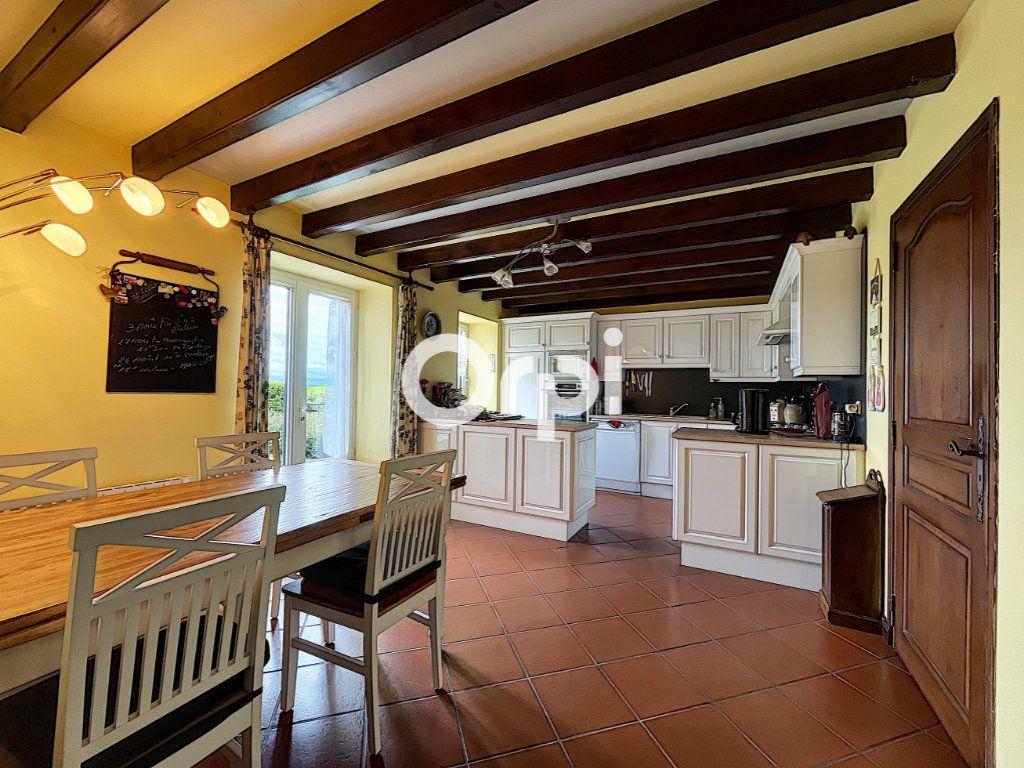 Maison à vendre 7 245m2 à La Crouzille vignette-3