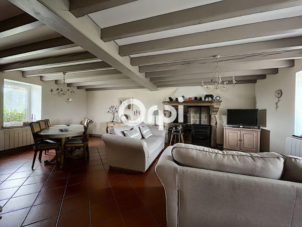 Maison à vendre 7 245m2 à La Crouzille vignette-5