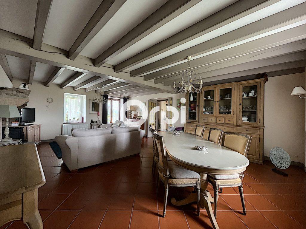 Maison à vendre 7 245m2 à La Crouzille vignette-6