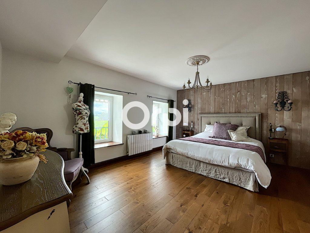 Maison à vendre 7 245m2 à La Crouzille vignette-9