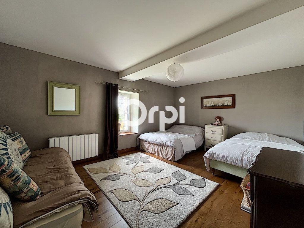 Maison à vendre 7 245m2 à La Crouzille vignette-12