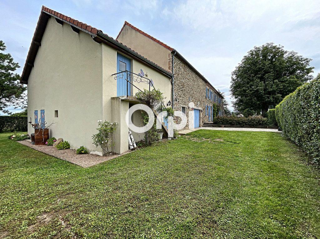 Maison à vendre 7 245m2 à La Crouzille vignette-15