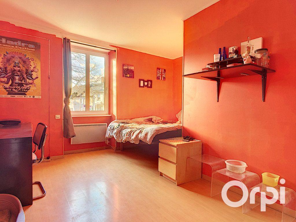 Maison à vendre 6 150m2 à Saint-Priest-des-Champs vignette-5