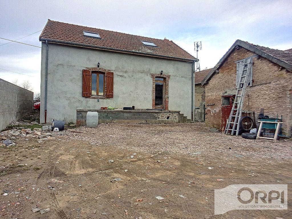Maison à vendre 5 94.5m2 à Saint-Éloy-les-Mines vignette-1