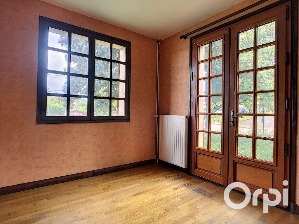 Maison à vendre 6 161m2 à Montaigut vignette-2