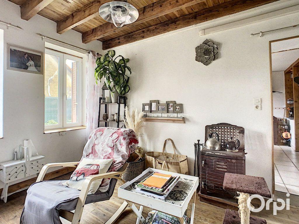Maison à vendre 9 166m2 à Saint-Éloy-les-Mines vignette-5