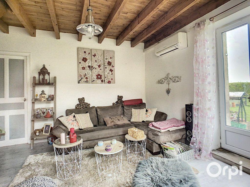 Maison à vendre 9 166m2 à Saint-Éloy-les-Mines vignette-8