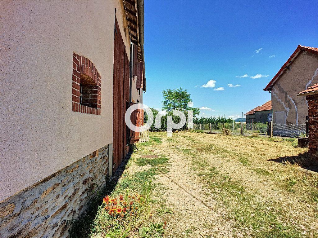 Maison à vendre 9 166m2 à Saint-Éloy-les-Mines vignette-16