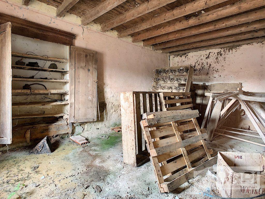 Maison à vendre 4 115.6m2 à Bussières vignette-3