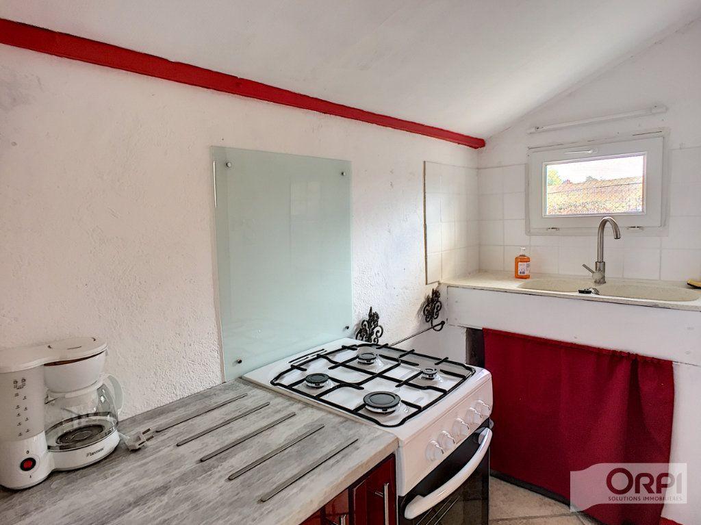 Maison à vendre 9 135m2 à Saint-Éloy-les-Mines vignette-2