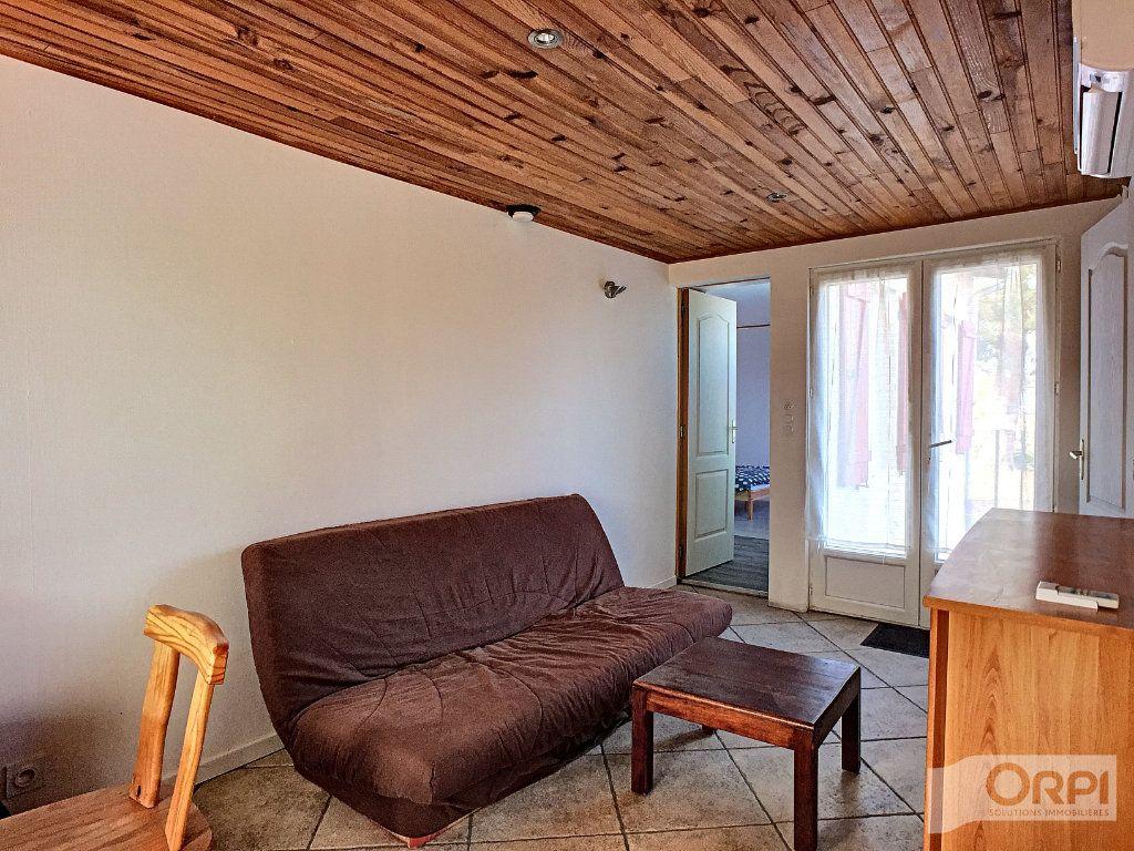 Maison à vendre 9 135m2 à Saint-Éloy-les-Mines vignette-4